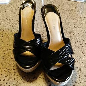 Gianni Bini slide on sandals